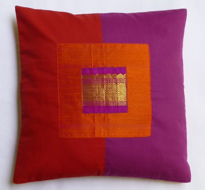 Twin coloured cushion cover
